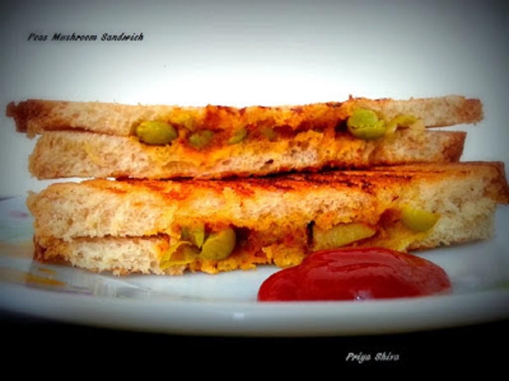 Peas Mushroom Sandwich