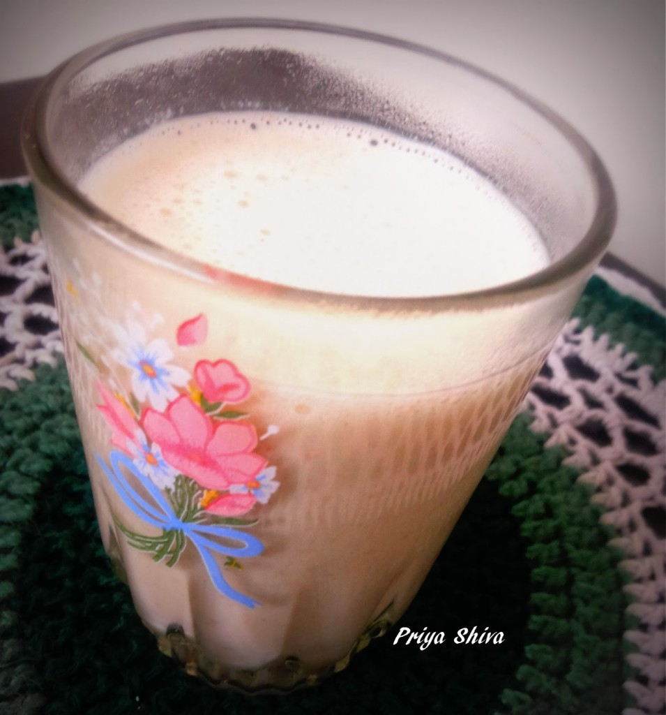 Oatmeal Dates Smoothie