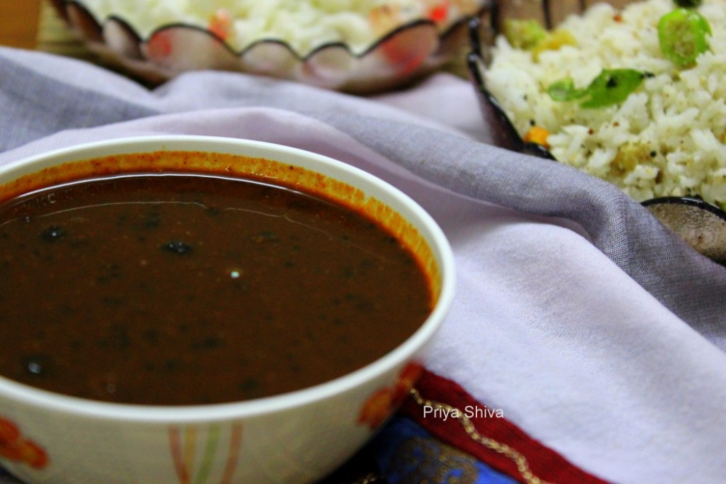Manathakkali Vathal Kuzhambu / Vatha Kuzhambu
