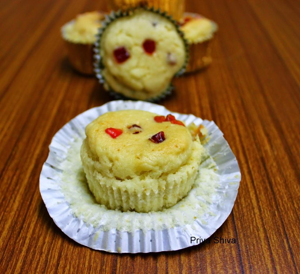 Eggless Tutti Frutti Muffin