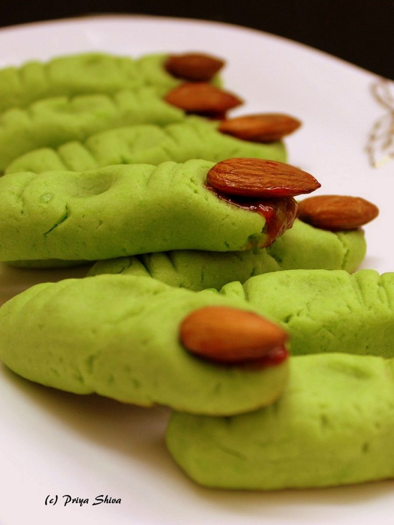 Eggless Halloween witch finger cookies