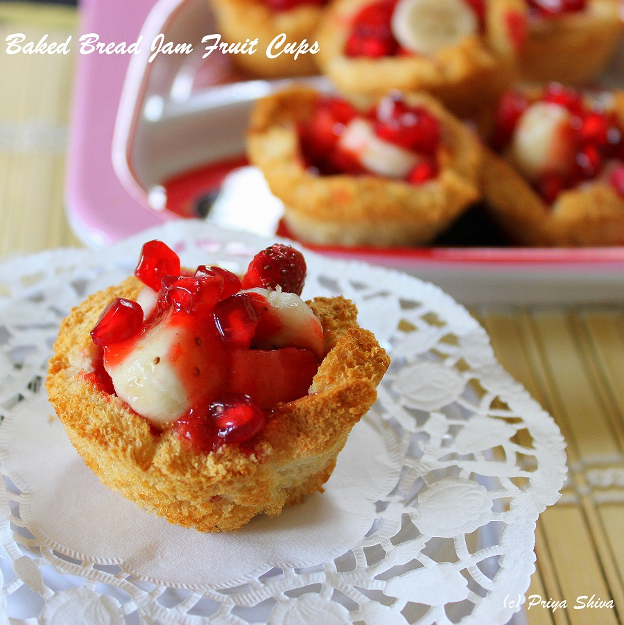 Baked Bread Jam Fruit Cups