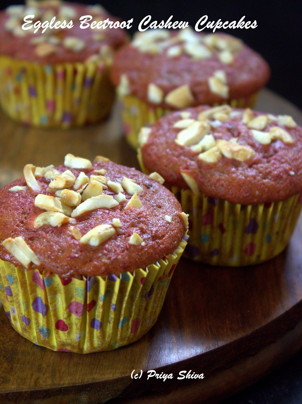 eggless beetroot cashew cupcakes