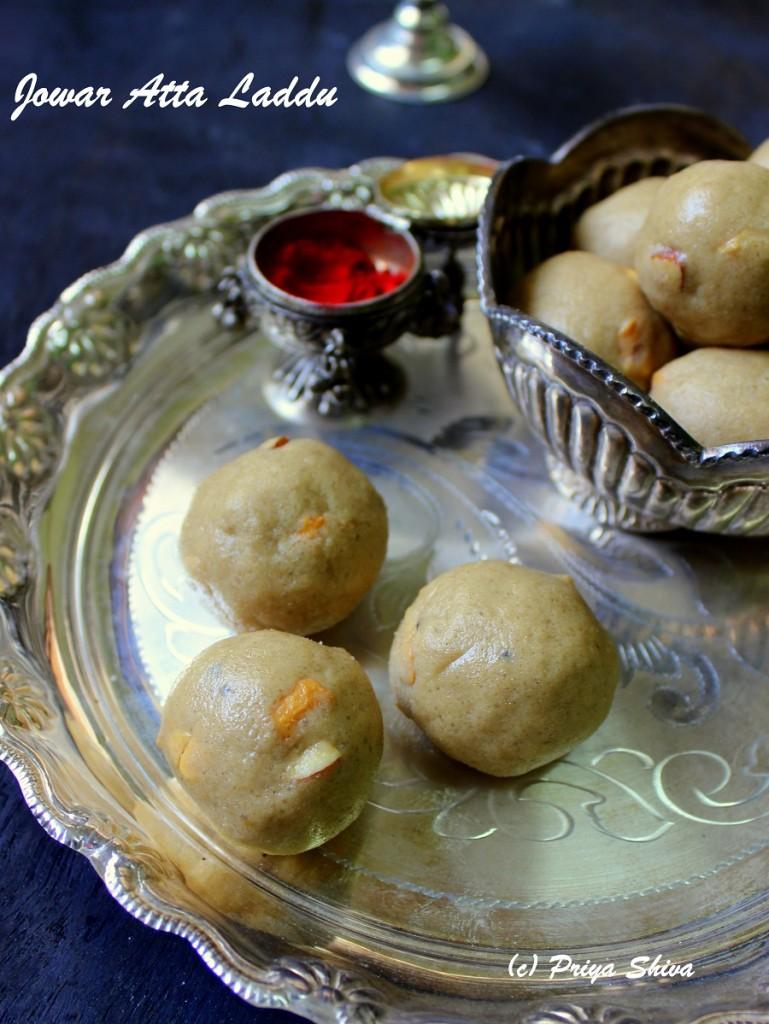 Jowar Atta Laddu – Sorghum Flour Ladoo