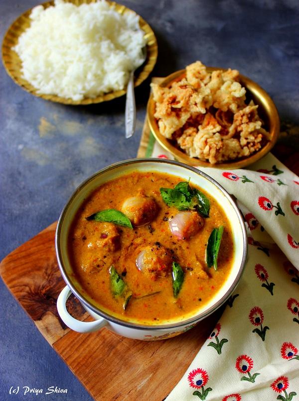 ulli-theeyal-kerala-style-curry