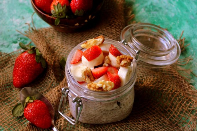 Overnight Chia Seed Pudding – Breakfast in a Jar