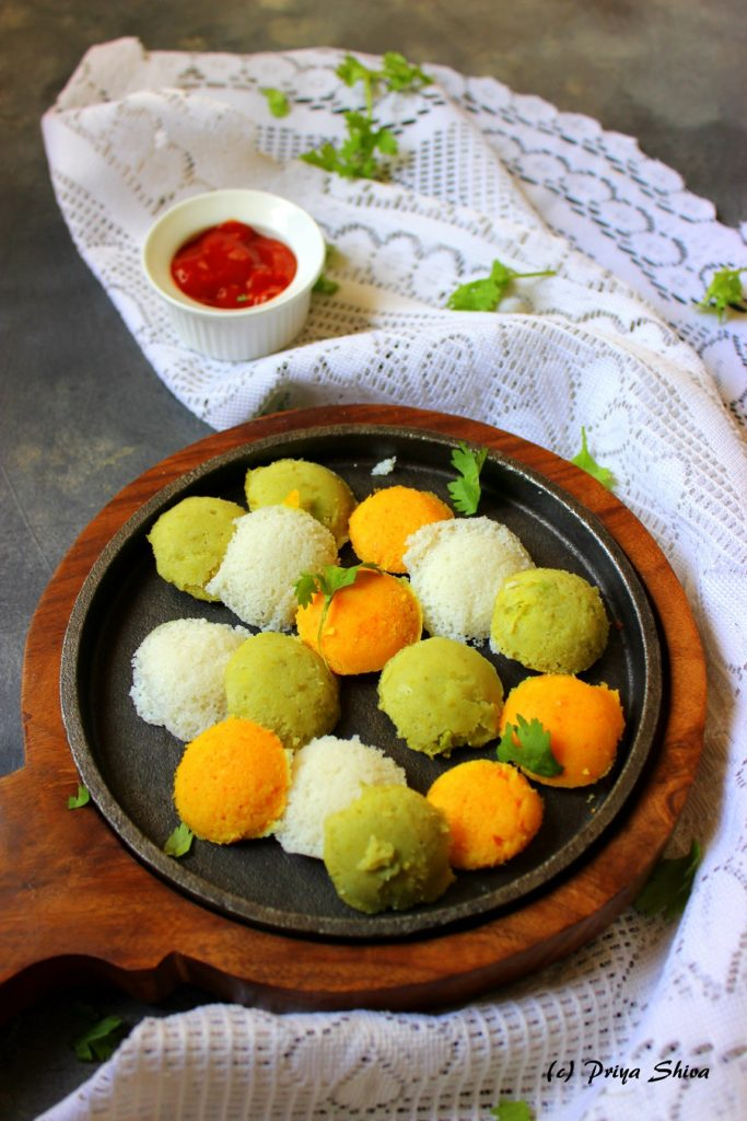 Tri-Color Mini Idlis / Vegetable Idli Recipe
