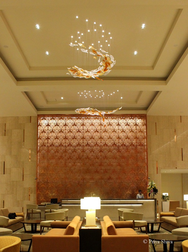 feathers Chennai Hotel lobby