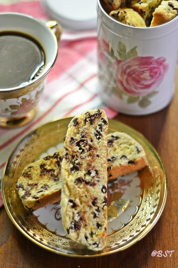 Orange Chocochip Biscotti recipe