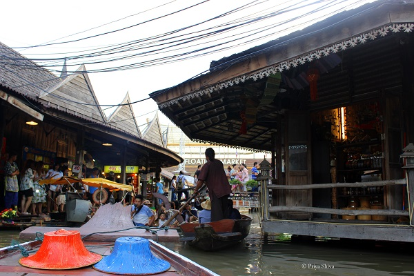 floating market pattaya