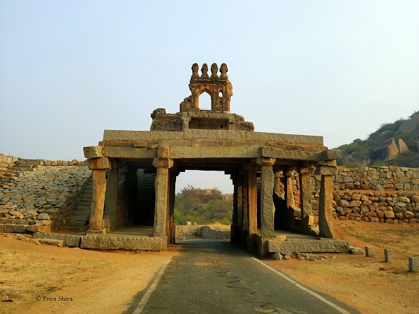 Talarigatta Gate - Hampi